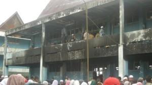 terbakar asrama purba 050912