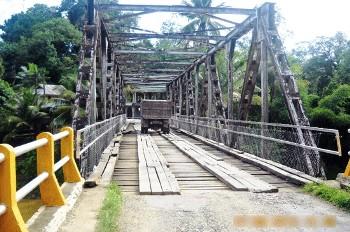 jembatan pulo padang