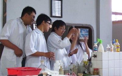 90% Pelajar Indonesia Minati IPA