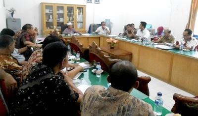 Komisi II DPRD Madina dengar pendapat dengan PTPN IV