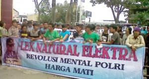 demo warga batubara