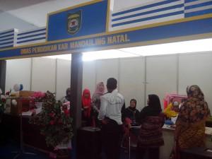 stand pameran (3)
