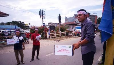 Karang Taruna Madina mengutip sumbangan untuk Rohingya
