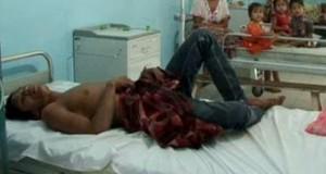 Salah seorang korban bacok di RSU Panyabungan