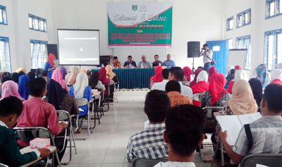 Seminar tentang geothermal di kampus STAIM