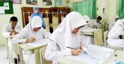 Pelajar SMP Negeri  4 Kotanopan
