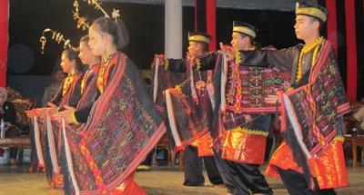 Festival Tortor Mandailing di Panyabungan (foto : Dahlan Batubara)