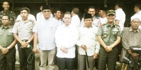 Danrem dan perwakilan Tapsel Madina foto bersama usai pertemuan