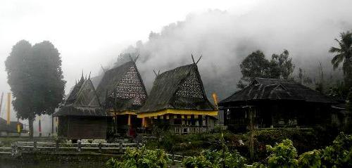 Komplek Bagas Godang di Huta Nagodang, Ulu Pungkut